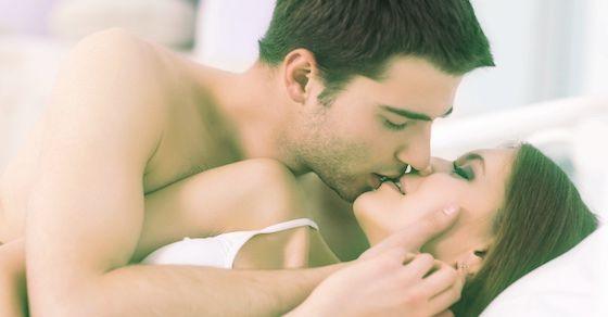 「挿入中に何度もキスをしてくる人」が考えていること