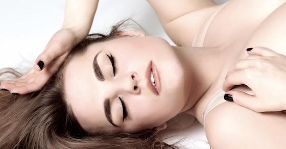 リラックスする方法4:自分の呼吸を感じる