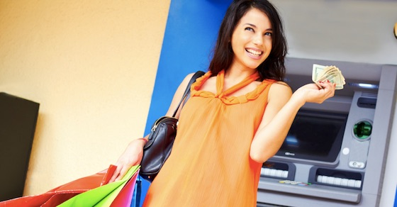 外見や行動でわかる、お金がかかる女の特徴 11選