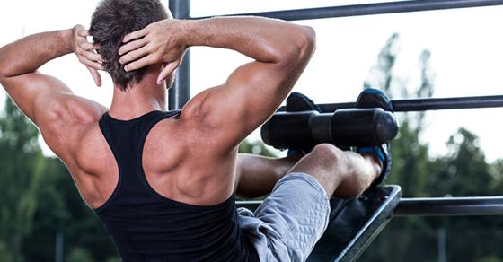 効果的に鍛えるために知るべき腹筋と筋肉痛の関係