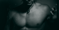 セクシーな胸板を作る、効果的な大胸筋の筋トレ方法【保存版・動画】