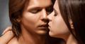 優しいキスから始める