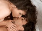 AV女優が語る、キスの方法が超参考になる「舌の裏側を舐める」