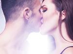 今日から実践!キスで男をトロけさせる方法8選
