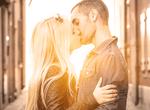男がキュンキュンするキス中の彼女がする仕草5選