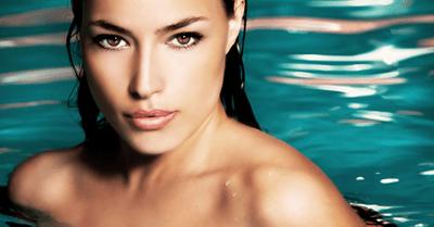 ナイトプールで水着ギャルとハメまくる無料エロ動画 BEST8