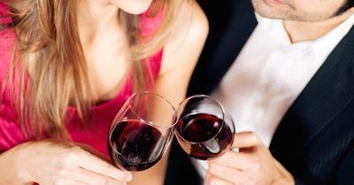 「お酒が飲めない女性」と飲みデートする際の、守るべきマナー4選