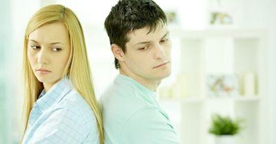 女性に「脈なしだ」と勘違いさせてしまう、男性のNG行動・5選