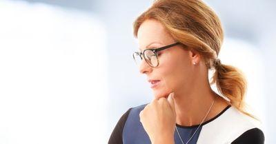 実録!職場女性の仕草にムラっとする瞬間 8選