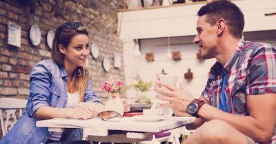 カップル必読!会話が続かない時に、超効果的な対処法 5選