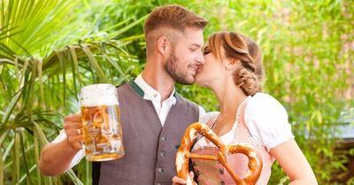 酔った勢いで男性がキスする時の意外な意味・5選