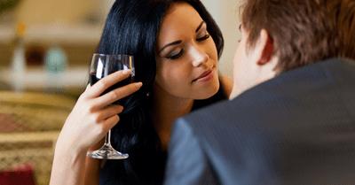 【略奪愛】彼氏がいる女性の気持ちを引き寄せる方法6選