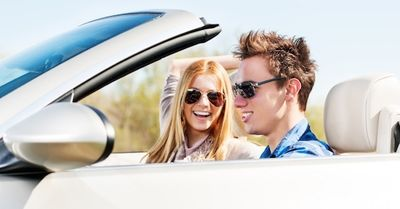 小さな気遣いが重要!ドライブデートで女性が絶対喜ぶ行動 8選