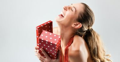 彼女が欲しいプレゼントを自然に聞き出す方法 7選