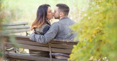 「萌えた…」彼氏が思わず彼女を抱きしめるタイミング15選