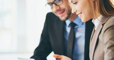 同僚女性による職場男性への恋愛アプローチ 15選