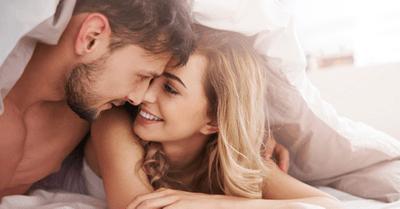 セックスのとき、何話してる?女性が喜ぶエッチ中のセリフ5選