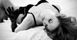 セックスで膣が痛い…性交痛の原因と対処法