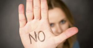 合コンで女子にしてはいけない、NG質問4選