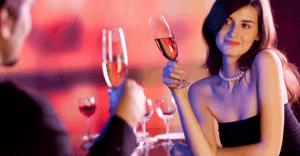 女子を「お持ち帰り」まで導くカクテル・4選(飲みやすいけど、アルコールが濃い)