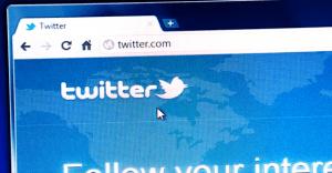 Twitterの裏アカウントで超簡単にセフレを作る方法