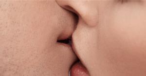 木村佳乃のセックス事情|レズ疑惑があったが、結婚したことでバイ疑惑に?