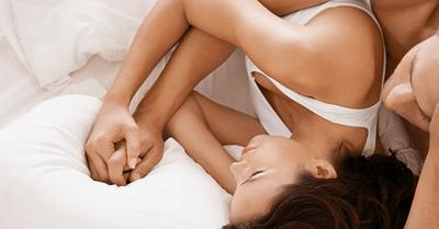人妻の私が自宅でこっそり不倫セックスしまくった話|ゲスいH体験談3つ