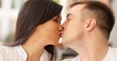 【男性心理】男性が女性に本気の恋愛感情を覚える瞬間 10選