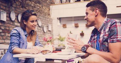 モテる男のテク|女性がもっと話をしたくなる会話術 7選