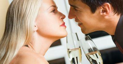恋に鈍感な男性を、一瞬で落とす恋愛テクニック 6選