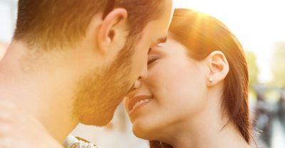 彼とのキスが不快すぎる!その本当の原因は遺伝子にあった?