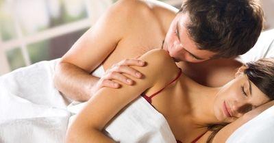 女性が恋愛相談中、「相談相手の男と、ついエッチしそうになる瞬間」5選