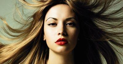 フェロモンが出ている色気のある女性の特徴 20選