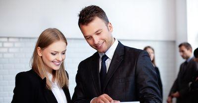 エッチしたい同僚女性と、距離を縮めるための社内メールの第一歩 6選