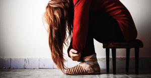閲覧注意!恋愛依存症の人が見せる行動がイタすぎる 15選