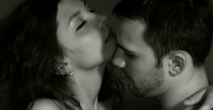 「マグロ女子」がセックス大好きな、どエロい女に変わる方法5選