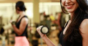 筋肉を増やすだけじゃない、「痩せる」にも有効なプロテインの選び方