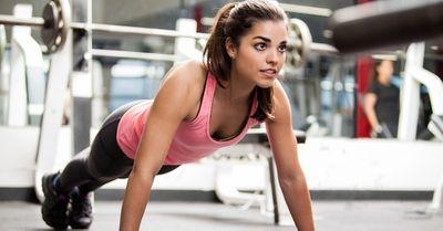 初心者必見!筋肉が確実につく効果的な腕立て伏せのやり方【動画】