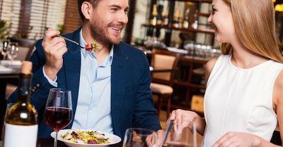 食事デートをする際に、女心を一瞬でつかむ小技