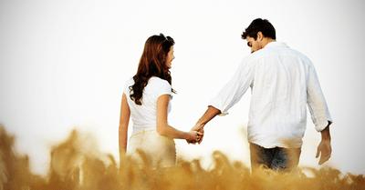 好きな女性とのデートで使える、さりげないスキンシップのコツ 10選