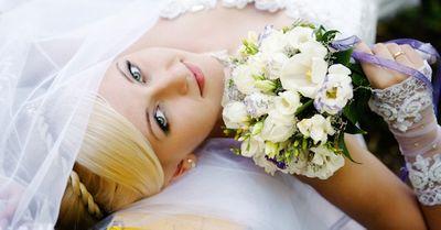 少し複雑…元カノの結婚を知った後の対処法 5選