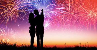 花火大会デートの時に、女性が男性にドキッとする瞬間12選