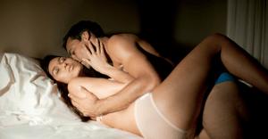 セックスのコツ|中高年の男性におすすめの体位 6選
