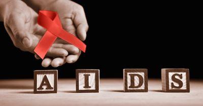 ゴリラとセックスが原因って本当?HIV・エイズの起源が明らかに!