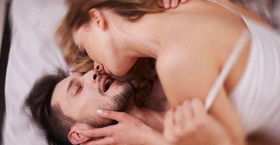 キスはセックスで最重要!彼をキスでメロメロにさせるテクニック15個