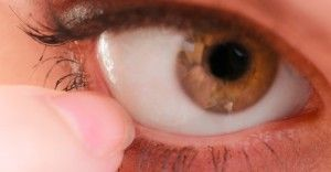 性病が目に感染!目のクラミジア「トラコーマ」について