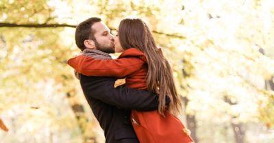 初デートで自然にキスする方法 8選