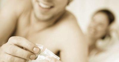 コンドームを付けても「生」のような感度にする裏技5選