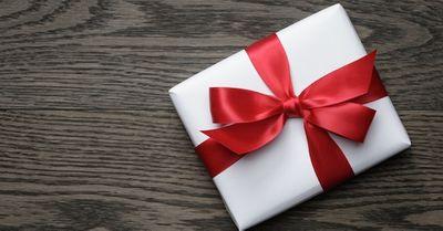 ホワイトデーのお返しで彼女が喜ぶプレゼントランキング10選