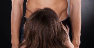 女性にフェラチオさせるときの注意点5選(浮気後に舐めさせるのはNG)